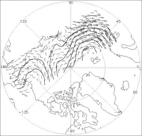 500-mb heights and geostrophic winds derived from AMSU temperature soundings on 0000 UTC 17 December 2004.